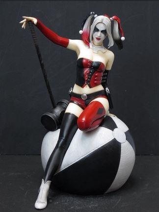 La figurine d'Harley Quinn